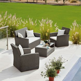 Rattan Effect 4 Seat Patio Set with Cushions - Brown.